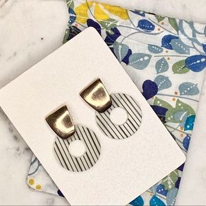 Geometric Midcentury Stripe Gold Hoop Earrings